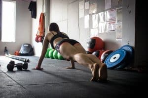 [img] Six Ab Exercises That Aren't Crunches